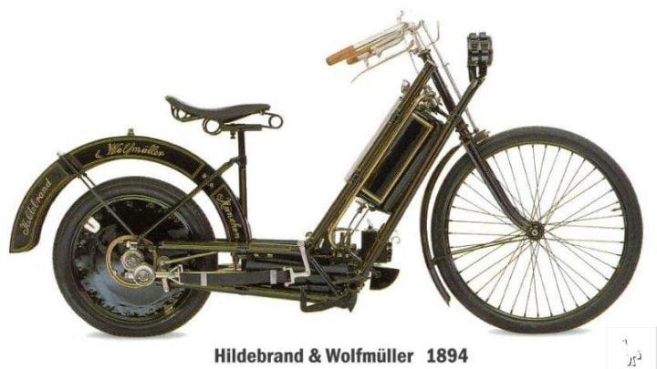 ¿Cual fue la primera marca de motos del mundo?