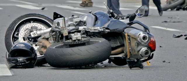 Algunos accidentes comunes en moto que se pueden evitar.