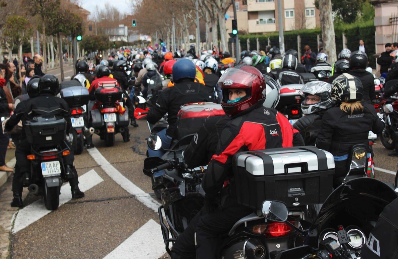 Types of motorcycle helmets.