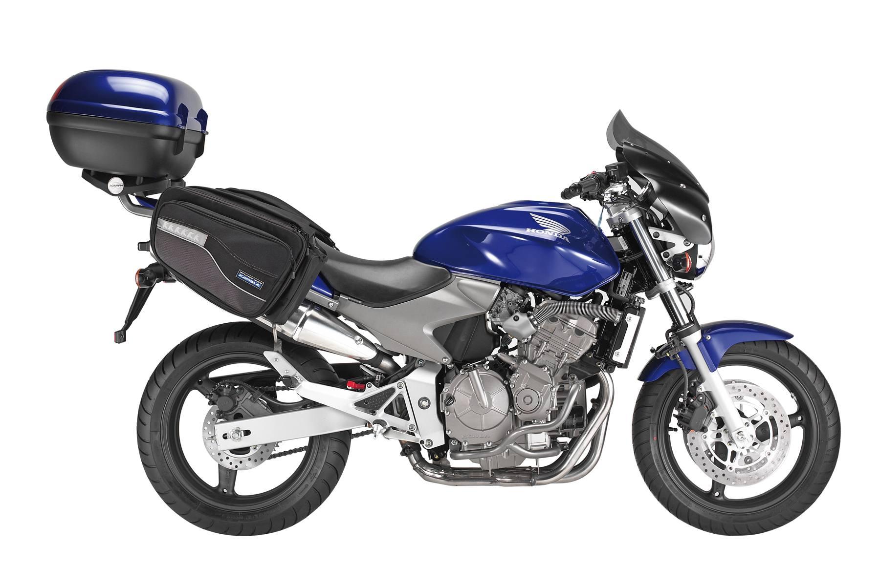 Como instalar alforjas en una motocicleta