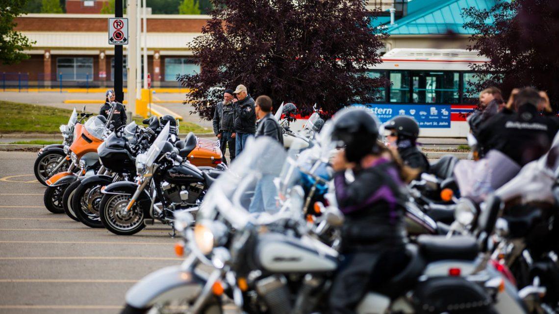 ¿Las motos y el póker?