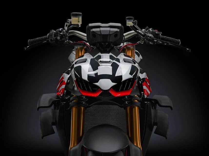 Ducati 2020 Streetfighter V4