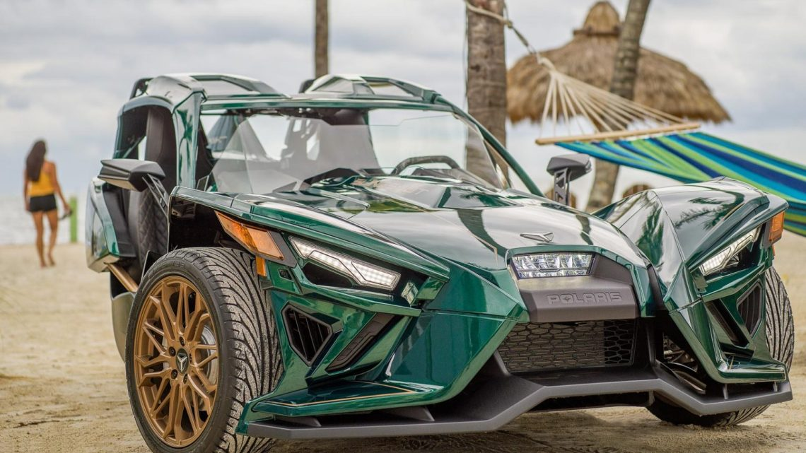 POLARIS SLINGSHOT GRAND TOURING LE 2020