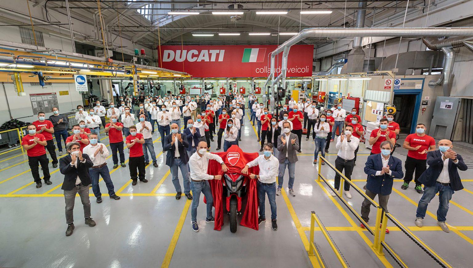 Ducati Multistrada V4: primera moto con tecnología de radar delantero y trasero