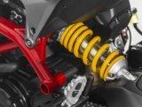 ¿Cómo ajustar el hundimiento de la suspensión en una moto?