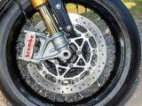 ¿Debería actualizar los frenos de tambor de motocicleta clásicos a discos?