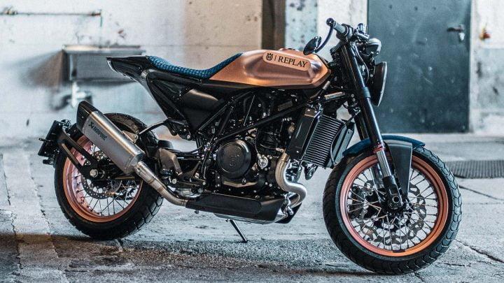 Husqvarna x Replay = Tres motos 701 de edición limitada